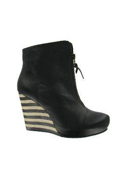 Fashion Forward Footwear - Beyond the Rack