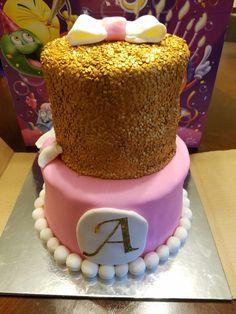 Baby Shower cake Fondant Cakes, Baby Shower Cakes, Birthday Cake, Desserts, Food, Cakes Baby Showers, Tailgate Desserts, Deserts, Birthday Cakes