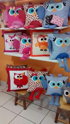 Funny Pillows, Cute Pillows, Baby Pillows, Scrap Fabric Projects, Sewing Projects, Toddler Sleeping Bag, Owl Sewing, Felt Cushion, Easter Pillows