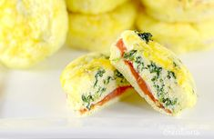 12 Easy Make Ahead Breakfast Muffins!! Cheesy and delicious #WeightWatchers