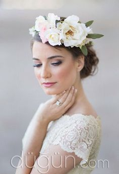 flower crown bridal headpiece cream floral crown by thehoneycomb Floral Wedding Hair, Ivory Wedding Flowers, Flower Crown Wedding, Floral Hair, Bridal Flowers, Floral Crown, Flowers In Hair, Bridal Hair, Bridal Crown