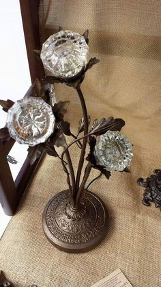 Antique Vintage Decor Floral arrangement of crystal doorknobs in antique repurposed base - crystal doorknobs lighted by Buy Lizzie Repurposed Items, Repurposed Furniture, Diy Furniture, Casa Magnolia, Objets Antiques, Cristal Art, Glass Door Knobs, Arts And Crafts, Diy Crafts