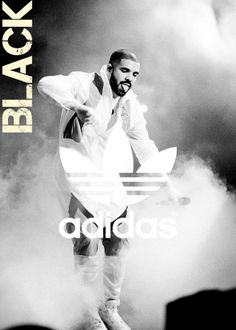 Drake performs during 2015 OVO Fest at Molson Canadian Amphitheatre on August 2015 in Toronto, Canada. Beyonce Costume, Drake Wallpapers, Drake Drizzy, Drake Ovo, Drake Graham, Arte Hip Hop, Aubrey Drake, Yo Gotti, Beyonce And Jay Z