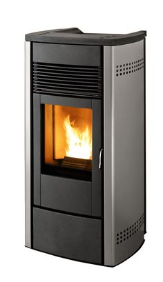 Which Is Better : Wood Stove vs Pellet Stove : Pellet Stove Canalized Air  That Heats