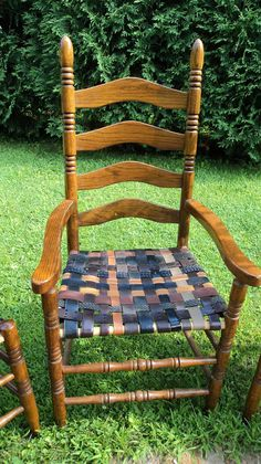Redo It Yourself Inspirations : Recycled Belts: Renewed Rush Seat Chairs