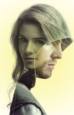 Felicitas Arrow/Highlander crossover Felicity was born a long, long time before computers. How will Team Arrow react to The Game? Oliver Queen Arrow, Arrow Cw, Team Arrow, The Flash, Le Couple Parfait, Oliver Queen Felicity Smoak, Felicity Smoke, Arrow Felicity, Dc Comics