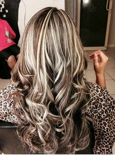 Cool hair color ideas also gray hair gel. Best fall hair color ideas that must you try 14 hair coloring with extra greasy hair types. 70 flattering balayage hair color ideas for 2018 hair coloring to thin hair salon. Hair Color And Cut, Cool Hair Color, Fall Hair Colors, Hair Color Highlights, Chunky Highlights, Caramel Highlights, Heavy Blonde Highlights, Highlights 2017, Blonde Foils