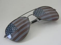 Vintage Deadstock AMERICAN FLAG USA Aviator Sunglasses with Charcol Frames. @voriee