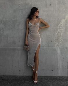 Posh Dresses, Gala Dresses, Couture Dresses, Elegant Dresses, Short Dresses, Fashion Dresses, Date Night Outfit Classy, Classy Outfits, Pretty Outfits