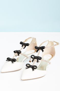 Don't be afraid to embrace your pretty and girly side with #ReneCaovilla's latest array of dainty shoes. #10022shoe