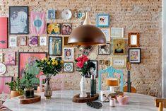 Dining Room Inspiration, Interior Inspiration, Peaceful Home, Mid Century Lighting, Dining Room Lighting, Cool Lighting, Apartment Living, Home Interior Design, Sweet Home