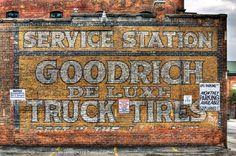 goodrich de luxe. ghost sign.