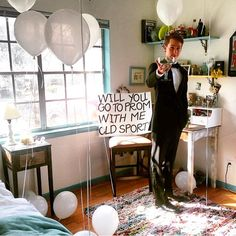 give Great Gatsby old sport🎉🎉🎉 High School Homecoming, Homecoming Dance, Senior Prom, Pageant Dresses, Homecoming Dresses, Dance Proposal, Proposal Ideas, Great Gatsby Prom, Sweet 16 Outfits