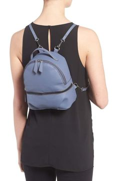 983cfdbe8e6a T-Shirt   Jeans Textured Faux Leather Mini Backpack