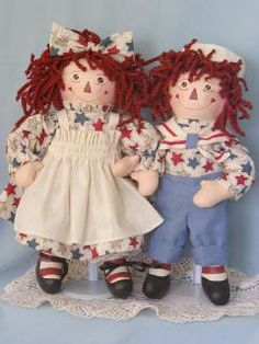 Raggity Twins handpainted cloth rag dolls only sold by SNSDOLLS Ann Doll, Raggedy Ann And Andy, Patriotic Crafts, Muslin Fabric, Dolls For Sale, Old Dolls, Polymer Clay Crafts, Doll Clothes, Strange Things