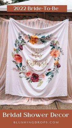 Boho Floral Bridal Shower Photo Backdrop | Future Mrs. Banner #2022bridetobe #2021bride #bridalshower #backdrop