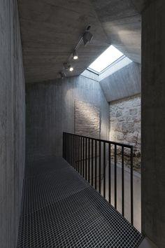 Nuevo Accesso Para Visitantes, Archiabadía Benedictino de Pannonhalma / CZITA Architects