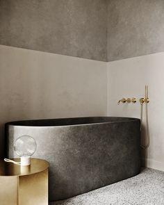 Minimalist Home Interior .Minimalist Home Interior Modern Bathtub, Modern Bathroom Design, Bathroom Interior Design, Modern House Design, Decor Interior Design, Interior Decorating, Decorating Ideas, Bathroom Designs, Interior Design Simple