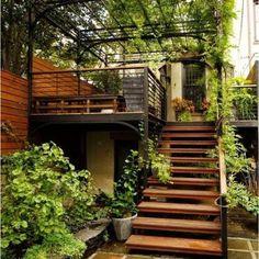 Amazing modern Staircase Design Creative to add to your own home 4187 Diy Pergola, Pergola Garden, Pergola Plans, Backyard, Patio, Wooden House Design, Wooden Houses, Gravel Garden, Wooden Stairs