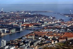 Danish pension funds PensionDanmark and Danica have joined the growing number of companies looking to take advantage of traditionally low asset prices by setting up a maritime investment fund with Navigare Capital Partners. The fund, appropriately named Maritime Investment Fund, will buy, lease and sell ships. Managed by Navigare, the fund will build a diversified …