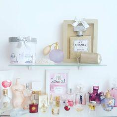 """ #roomtour #deco #cute #love #like #instagood #pink #rose #makeupstorage #makeup #rangementmakeup #parfum #fragrance #sephora #nocibe #sephorafrance…"""