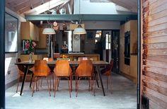 Kitchen/Dining Room : Cuisine moderne par Tom Kaneko Design & Architecture