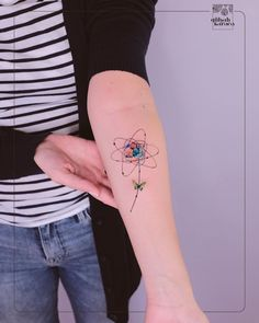 Image may contain: one or more people and stripes Mini Tattoos, Small Tattoos, Tattoo Life, Picture Tattoos, Tattoo Photos, Planet Tattoos, Lower Back Tattoos, Tattoo Drawings, Tattoo Inspiration
