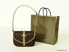 Dollhouse Miniatures (06) LV Designer Handbags with Shopping Bag 1/12 handmade Bag