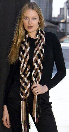 Bond America® / Embellish-Knit™_ i cord_Braided Scarf Fleece Crafts, Fleece Projects, Crochet Crafts, Knitting Projects, Art Projects, Fleece Scarf, Diy Scarf, Crochet Needles, Knit Crochet