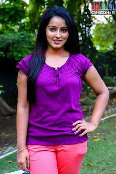 Indian Girl Bikini, Indian Girls, Beautiful Girl Photo, Beautiful Women, Pant Shirt, Beautiful Indian Actress, Indian Actresses, Girl Photos