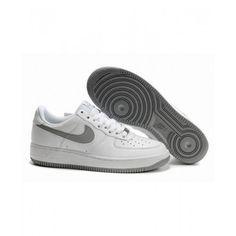 Købe Billig Dame Nike Air Force 1 Lav Hvid Grå Sko I Nike Air Force 1 Dame på butikken Air Force 1, Nike Air Force, Air Force Sneakers, Sneakers Nike, Nike Cortez, Kobe, Trainers, My Style, Grey