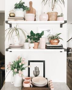 Pretty styled open shelves - kitchen.