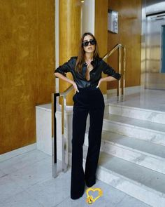 Fashion Forecast: 3 French Girls on Their Favorite Fall 2019 Trends French-girl fall fashion trends 2019<br> Find out which fall 2019 trends already have these stylish French girls itching for the coming season. Girls Fall Fashion, Black Women Fashion, Fall Fashion Trends, Look Fashion, Girl Fashion, Autumn Fashion, Fashion Outfits, Cheap Fashion, Ladies Fashion