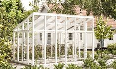 Knoppe Drivhus i tre med ubrutt tak fra grontfokus. Rustic Gardens, Outdoor Gardens, Outdoor Life, Greenhouse Effect, Greenhouse Plans, Contemporary Greenhouses, Underground Greenhouse, Carport Plans, Backyard Projects