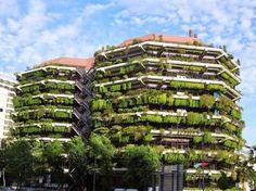 Barcelona, pisa menos