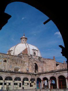 De la grandeza como Convento de San Agustín, al deterioro como casa del estudiante