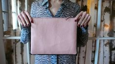 This Awesome Purse Is Incredibly Easy To Make (Here's How!) via jezebel