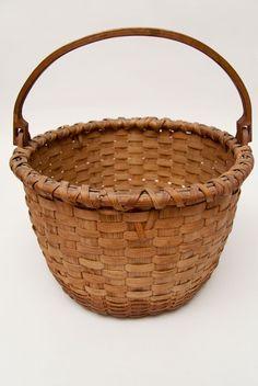 "antique baskets | Large 11"" Antique American Taconic Swing-Handled Basket"