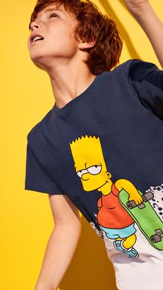 They put the spring in Springfield and the laughter in our hearts — now your favourite Simpsons characters are putting their faces on our fun new kidswear! Shop Bart and Lisa tees, tops, jumpers and more playful tribute prints. #HMKids | H&M Kids