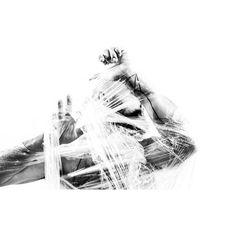 ___  la consuetudine ci condanna a molte follie, la più grande delle quali è quella di rendersene schiavi ____  [Honoré de Balzac, Massime e pensieri di Napoleone, 1838]  UNUM____ at L'essenziale 3 | Parole, fragranze, aromi a Torino  3_ 4_ Dicembre _________  www.unumparfum.com  Filippo Sorcinelli and Rita Francia ph ______  #unum #perfume #filipposorcinelli #art