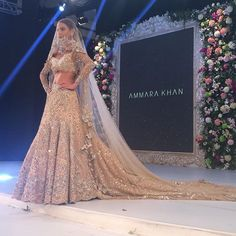 New Indian wedding trends 2016 that you NEED to get in on! A long bridal train for your Indian Bridal look is now an Indian wedding Must do. Bollywood Wedding, Pakistani Wedding Dresses, Pakistani Bridal, Saree Wedding, Pakistani Couture, Pakistani Wedding Photography, Bollywood Style, Indian Couture, Asian Bridal Dresses