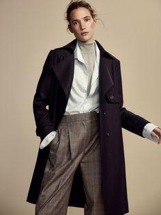 TRENCI DIN LÂNĂ CU CORDON pentru Femei, de la Massimo Dutti, pentru toamna iarna 2017, la 599. Eleganţă naturală!