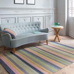 Tapis multicolore de prestige idéal pour votre salon ou votre chambre. 100% laine tissé main tons pastels.  #tapis #multicolore #pastel #déco