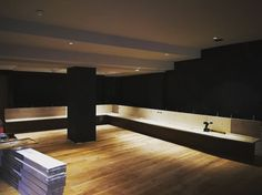 Einbau der Hotelbar 👍 #hotelbrigitte #ischgl #new #bar #ski #skiing #skifahren #november #neu #umbau November, Bathtub, Bar, Bathroom, Underground Garage, Ski, Summer Recipes, November Born, Standing Bath