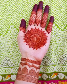 Here are stylish and latest Front Hand Mehndi Designs, Choose the best. Round Mehndi Design, Arabic Bridal Mehndi Designs, Modern Henna Designs, Latest Henna Designs, Beginner Henna Designs, Mehndi Designs 2018, Mehndi Designs For Girls, Dulhan Mehndi Designs, Mehndi Design Photos