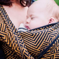 #DidySling Metro Blue-Gold #didymos #babywearing #wovenwrap