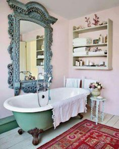 Clawfoot tub is a must when it comes to shabby chic bathroom design. Clawfoot tub is a must when it comes to shabby chic bathroom design. Romantic Room, Romantic Kitchen, House Of Turquoise, Turquoise Accents, Chic Bathrooms, Dream Bathrooms, Blue Bathrooms, Country Bathrooms, Luxury Bathrooms
