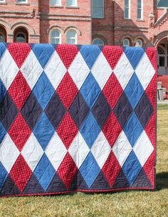 Red, white, and blue argyle (for basement). From book: Geared for Guys — Fresh Lemons Modern Quilts.
