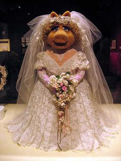 """Miss Piggy was the height of fashion in """"The Muppets Take Manhattan"""""""