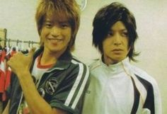 Oguri Shun and Ikuta Toma <3 two great actors! awh they switched wigs ^.^